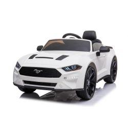 Driftovací elektrické autíčko Ford Mustang 24V, Bílé, Hladké Drift kolečka, Motory: 2 x 25 000 otáček, Drift režim s rychlostí 13 Km / h, 24V Baterie, LED Světla, přední EVA kola, 2,4 GHz dálkové ovládání, Měkké PU sedadlo, ORIGINAL licence