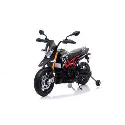 Elektrická Motorka APRILIA DORSODURO 900, Licencované, 12 V, EVA měkké kola, 2 x 18W motor, 12V baterie, Odpružení, kovový rám, kovová vidlice, pomocná kolečka, černé
