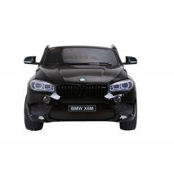 Elektrické autíčko BMW X6 M, 2 místní, 2 x 120W motor, 12V, elektrická brzda, 2,4 GHz dálkové ovládání, otvíravé dveře, EVA kola, kožené sedadlo, 2 X MOTOR, černé lakované, ORGINAL licence
